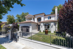 Photo of 5010 Doman Avenue, Tarzana, CA 91356 (MLS # SR20135162)
