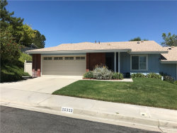 Photo of 26333 Long Oak Drive, Newhall, CA 91321 (MLS # SR20143554)