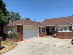 Photo of 20925 Avenue San Luis, Woodland Hills, CA 91364 (MLS # SR20178147)
