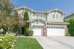 Photo of 27831 Pine Crest Place, Castaic, CA 91384 (MLS # SR20188867)