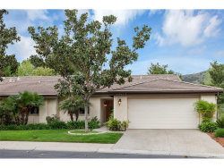 Photo of 38361 Oaktree Loop, Murrieta, CA 92562 (MLS # SW19091441)
