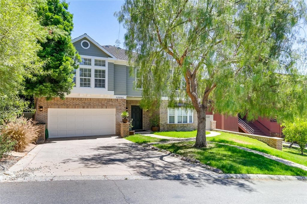 Photo for 32006 Via Coyote, Coto de Caza, CA 92679 (MLS # SW19183876)