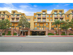 Photo of 201 E Angeleno Avenue , Unit 413, Burbank, CA 91502 (MLS # TR17057283)