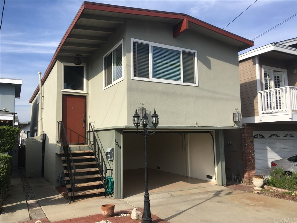 Photo for 1215 20th Street, Hermosa Beach, CA 90254 (MLS # TR19013511)