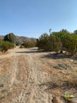Photo of 49574 Paradise Avenue, Morongo Valley, CA 92256 (MLS # 20630578)