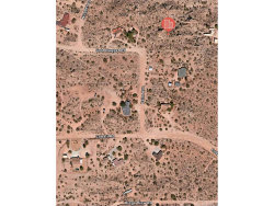 Photo of 5527 Palm Avenue, Yucca Valley, CA 92284 (MLS # IV19085487)