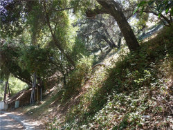 Photo of 7506 Willow Glen Road, Hollywood Hills, CA 90046 (MLS # SR17195212)