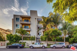 Photo of 11115 Acama Street, Unit PH1, Studio City, CA 91602 (MLS # 18353708)