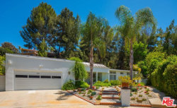 Photo of 18956 La Amistad Place, Tarzana, CA 91356 (MLS # 18354194)