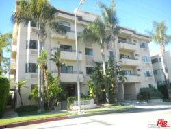 Photo of 5319 Lindley Avenue, Unit 202, Tarzana, CA 91356 (MLS # 18365378)