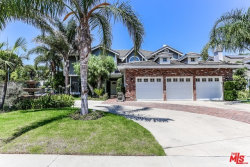 Photo of 18779 Willowtree Lane, Northridge, CA 91326 (MLS # 18375492)