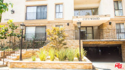 Photo of 15344 Weddington Street, Unit 311, Sherman Oaks, CA 91411 (MLS # 18375498)