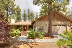 Photo of 434 Pineview Drive, Big Bear, CA 92314 (MLS # 19488950PS)