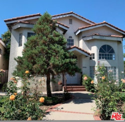 Photo of 14803 Otsego Street, Sherman Oaks, CA 91403 (MLS # 19511062)