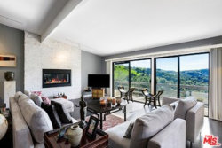 Photo of 3048 Franklin Canyon Drive, Beverly Hills, CA 90210 (MLS # 19520004)