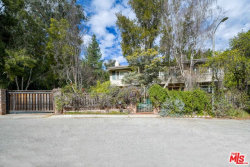 Photo of 4111 Picasso Avenue, Woodland Hills, CA 91364 (MLS # 20557242)