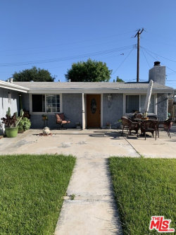 Photo of 19230 Wellhaven Street, Canyon Country, CA 91351 (MLS # 20581410)