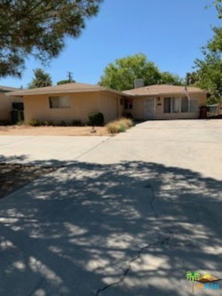 Photo of 7728 Geronimo Trail, Yucca Valley, CA 92284 (MLS # 20638550)