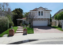 Photo of 30060 Torrepines Place, Agoura Hills, CA 91301 (MLS # 218004231)