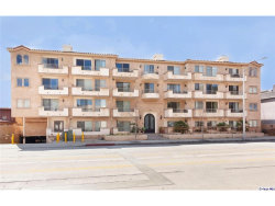 Photo of 11218 Camarillo Street, Unit 403, Toluca Lake, CA 91602 (MLS # 319001027)