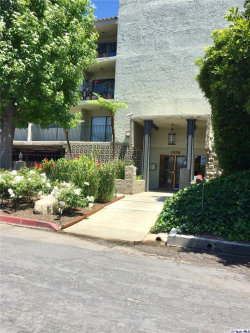 Photo of 2929 Waverly Drive, Unit 309, Los Angeles, CA 90039 (MLS # 319002088)
