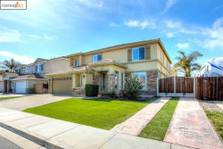 Photo of 243 Amesbury Ct, Discovery Bay, CA 94505 (MLS # 40896169)