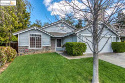 Photo of 4917 Eastview Way, Antioch, CA 94531 (MLS # 40900091)