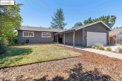 Photo of 241 Howard Ave, Vallejo, CA 94589 (MLS # 40911556)