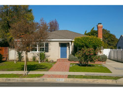 Photo of 22035 Galvez Street, Woodland Hills, CA 91364 (MLS # 819000252)