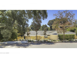 Photo of 544 Georgian Road, La Canada Flintridge, CA 91011 (MLS # 819000584)