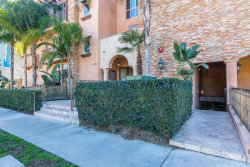 Photo of 10862 Bloomfield Street , Unit 105, Toluca Lake, CA 91602 (MLS # CV17252964)