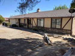 Photo of 26621 Lakeview Drive, Helendale, CA 92342 (MLS # CV18240012)