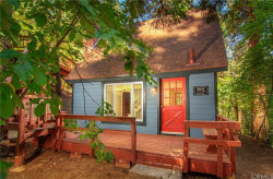 Photo of 814 Ivy Lane, Lake Arrowhead, CA 92352 (MLS # EV19189259)