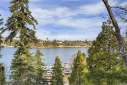 Photo of 352 John Muir Road, Lake Arrowhead, CA 92352 (MLS # EV19189796)