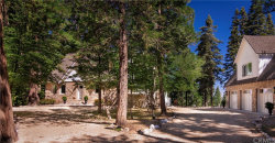 Photo of 28790 Sycamore Drive, Lake Arrowhead, CA 92385 (MLS # EV19190882)