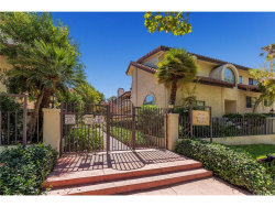 Photo of 6930 De Celis Place , Unit 20, Van Nuys, CA 91406 (MLS # GD17153573)