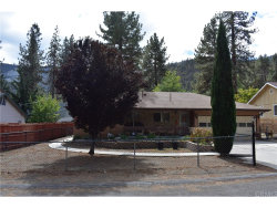 Photo of 931 Snowbird Road, Wrightwood, CA 92397 (MLS # IV18233614)