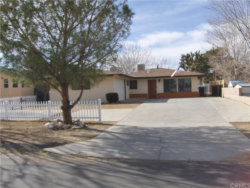 Photo of 7728 Geronimo Trail, Yucca Valley, CA 92284 (MLS # JT21007711)
