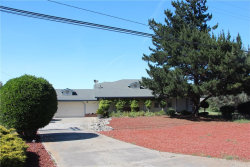Photo of 10710 Point Lakeview Road, Kelseyville, CA 95451 (MLS # LC19114624)