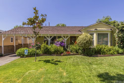 Photo of 627 N Beachwood Drive, Burbank, CA 91506 (MLS # OC18114392)