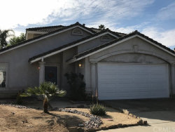 Photo of 375 Old Stage Court, Fallbrook, CA 92028 (MLS # OC18274937)