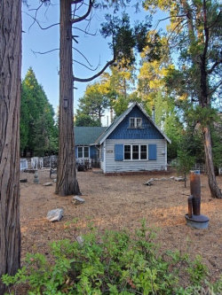 Photo of 25734 State Highway 189, Twin Peaks, CA 92391 (MLS # PW20227995)