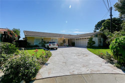 Photo of 10 Via De La Vista, Rolling Hills Estates, CA 90274 (MLS # SB19212971)