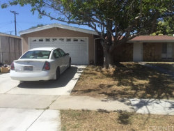 Photo of 19021 Stillmore Street, Canyon Country, CA 91351 (MLS # SR17136318)