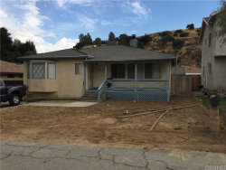 Photo of 30106 Hunstock Street, Castaic, CA 91384 (MLS # SR17178932)
