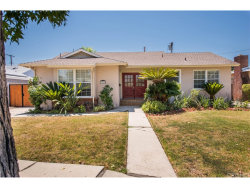 Photo of 19160 Delano Street, Tarzana, CA 91335 (MLS # SR17185459)