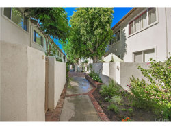 Photo of 18619 Collins Street , Unit F1, Tarzana, CA 91356 (MLS # SR17185952)