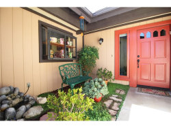 Photo of 19010 Avenue Of The Oaks, Newhall, CA 91321 (MLS # SR17189125)