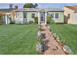 Photo of 5621 Auckland Avenue, North Hollywood, CA 91601 (MLS # SR18022591)