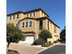Photo of 27018 Fairway Lane, Unit 89, Valencia, CA 91381 (MLS # SR18223329)